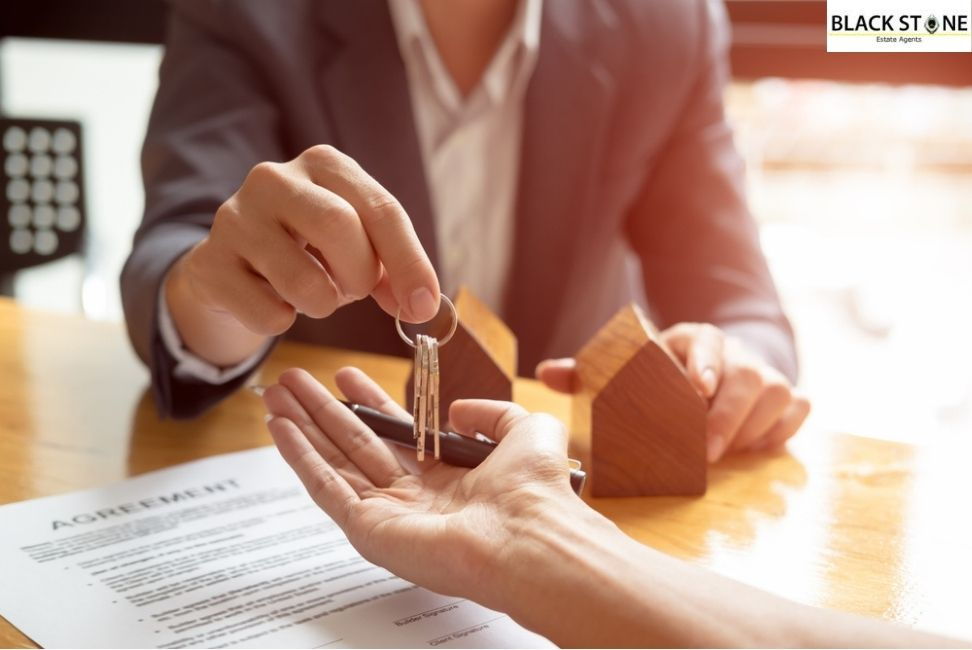 Real Estate Agents – A Career for You