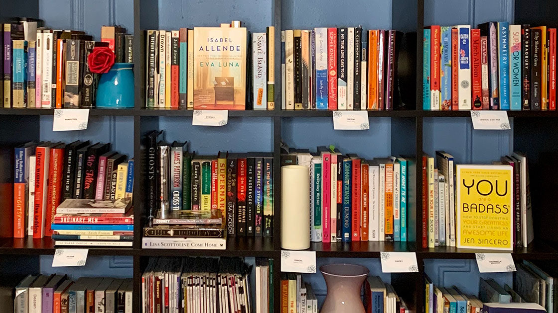 Tips for Using Shelves to Arrange Books in Organized Way