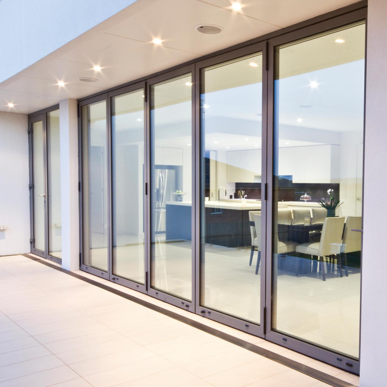 Everything You Should Know Before Choosing Luxury Windows For Home