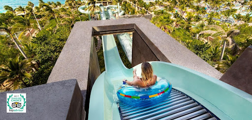 A Day of Fun and Discovery of Atlantis Aquaventure Park